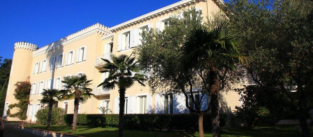 hotel-chateau-de-la-tour