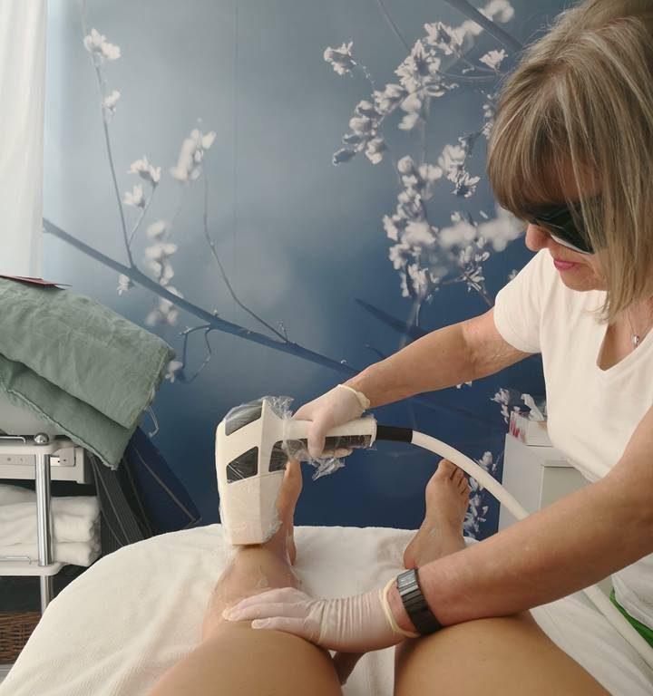 Dauerhafte Haarentfernung mit Diodenlaser und schöne Füße