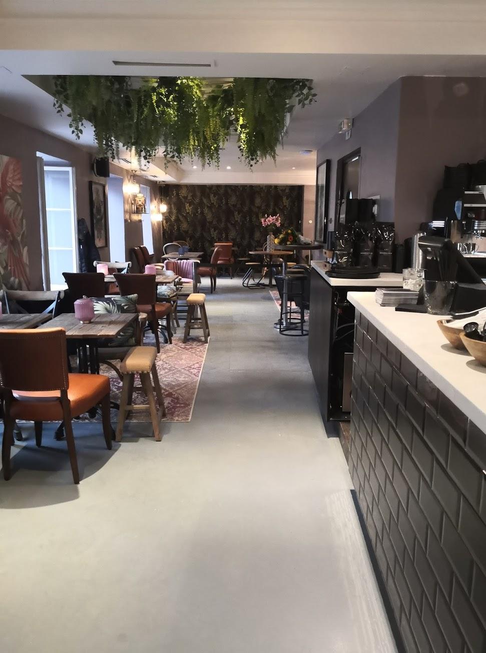 GEHMACHER OUTDOOR & CAFÉ (Judengasse 7)